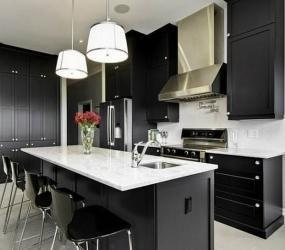Черно-белая кухня