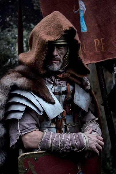 Sometimes you need a cloak                                                                                                                                                                                 Más