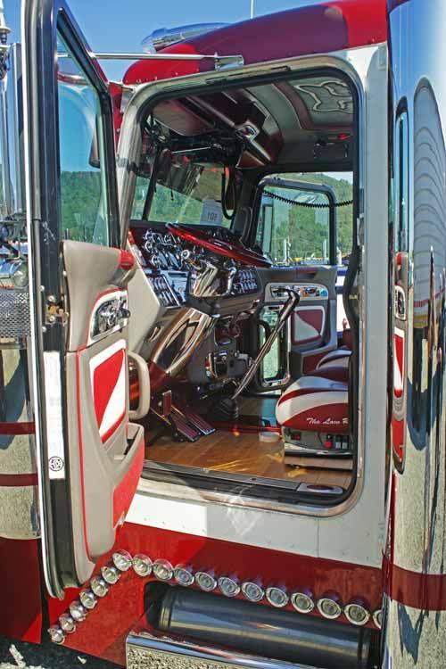 17 Best Images About Custom Semi Interiors On Pinterest John Deere Semi Trucks And Limo