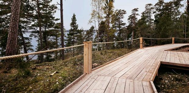 Larch wood walkway to Artipelag Art Gallery in Stockholm Achipelago.
