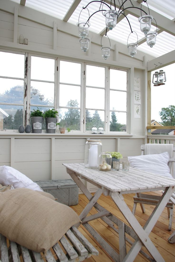 Love The Amount Of Natural Light This Sunroom Greenhouse