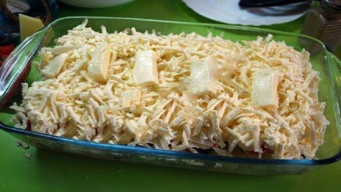 Zapečené kuřecí prsa se sýrem a zakysanou smetanou – hotové za 30 minut!