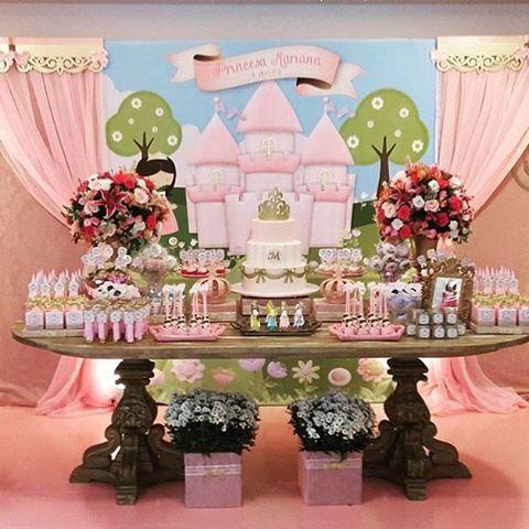 Festa fofa de princesa por @daniellecardosodesigner  #kikidsparty