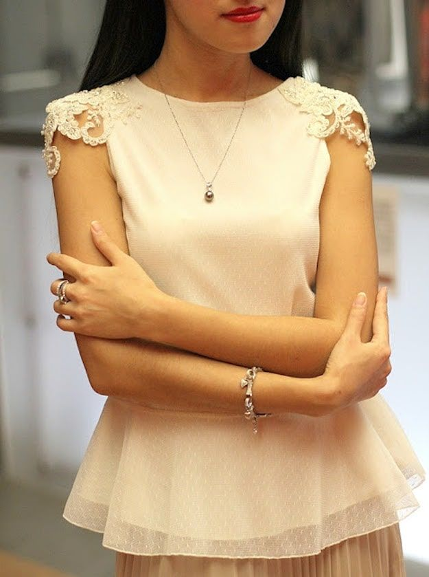 Lace Capped Sleeve | DIY Clothes | Tops, Tees, And Blouses Edition