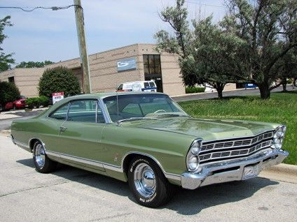1967 Ford Galaxie 500 2-Door Fastback