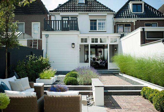 25 beste idee n over kleine achtertuin tuinen op pinterest kleine achtertuin tuinieren - Moderne landschapsarchitectuur ...