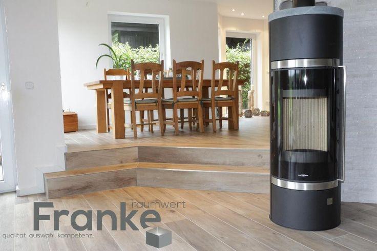 neuester fliesentrend feinsteinzeug im dielenformat langlebiger robuster. Black Bedroom Furniture Sets. Home Design Ideas