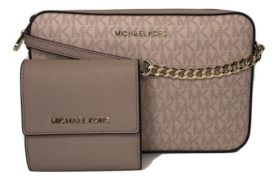 ffcbbcaae233 Michael Kors Jet Set Item Large Ew and Set Signature Mk Fawn/Ballet Leather  Cross Body Bag. Get the trendiest Cross Body Bag of the season!