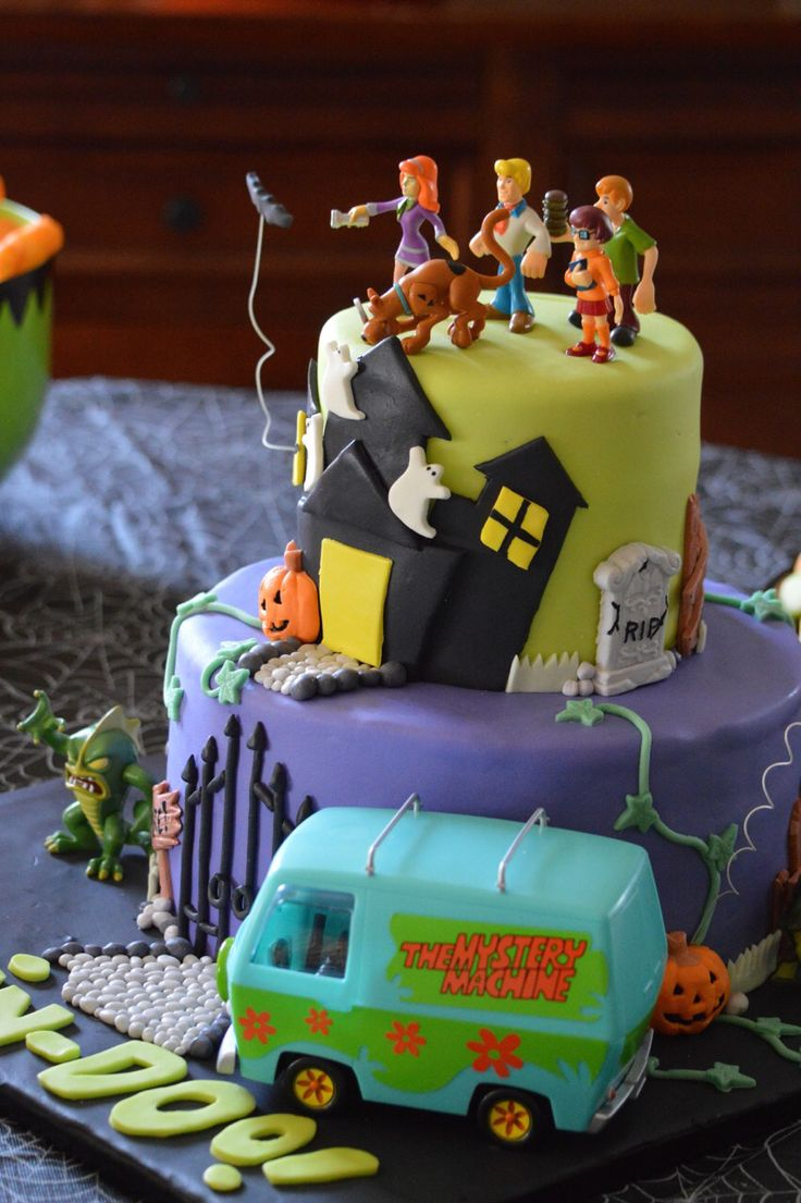 Scooby Doo Halloween Birthday cake . By ToyCake.com