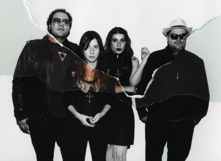Oriundos de Monterrey, N. L., Quiero Club inició desde 2004 su ascenso en la escena musical.