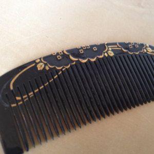 Japanese raised genuine gold metal & black lacquer ware style kanzashi kushi comb