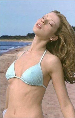 Consider, that Bikini in michelle trachtenberg all