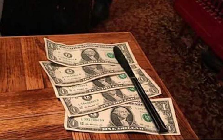 Muchos saben que los salarios de los camareros y camareras a menudo son tan bajos que dependen de las propinas para mantener su economía personal a flote.