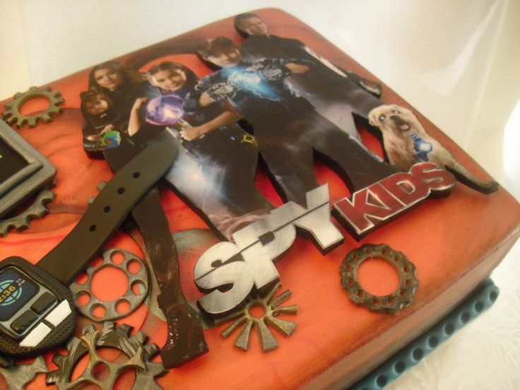 Spy Kids All The Time In The World Birthday Cake