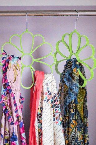 Blumen- und Eulen-Schalhaken | 31 total clevere Produkte, die Dein ganzes Leben ordnen