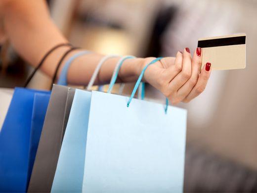 Τι Επιπτώσεις Έχει Ο Καταναλωτισμός Στην Καθημερινότητά μας; | Misswebbie.gr