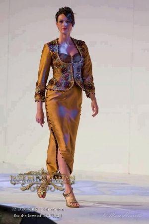 La mode algérienne se caractérise par le karakou, le caftan (de Tlemcen) mais aussi la robe fergani. A partir de ces tenues, de nombreuses déclinaisons...