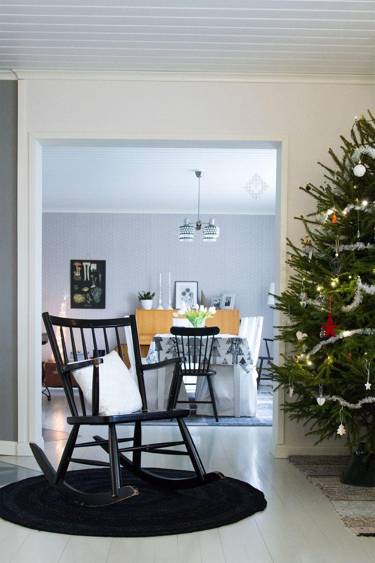 Olohuone, ruokailuhuone, joulu. Livingroom, diningroom, Christmas.