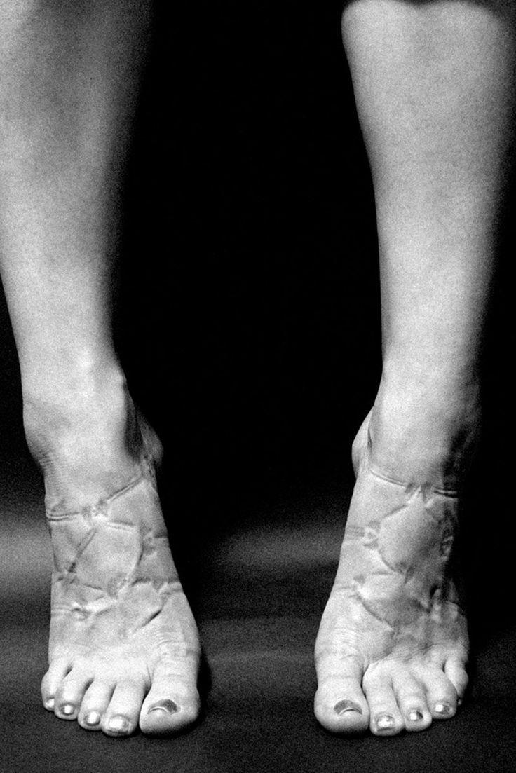9 Photos That Show the Painful Sacrifices Women Make for Beauty  - Cosmopolitan.com