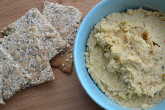 Suikervrije tussendoortjes - Pittige Hummus
