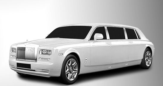 Small classy stretch of a new Rolls Royce Phantom Limousine. 2 to 4 passengers in the back. Comfort, privacy.