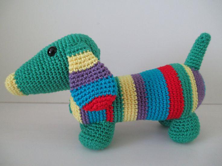 Dachshund (green) door ColoursAndStitches op Etsy #coloursandstitches #amigurumi #crochet #haken #cotton #katoen #dachshund #dog #teckel #hond #stuffedanimal #knuffel
