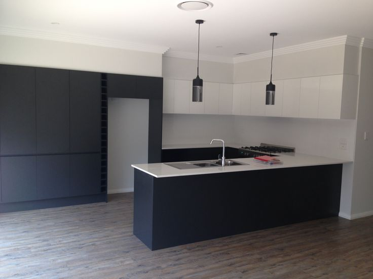 Kitchen By Inz Kitchens Using Formica Snowdrift Gloss
