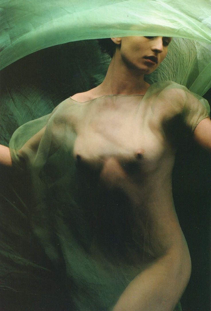 Lorella Ferraro, Jasmin.com, Milan, 1999, by Fabrizio Ferri