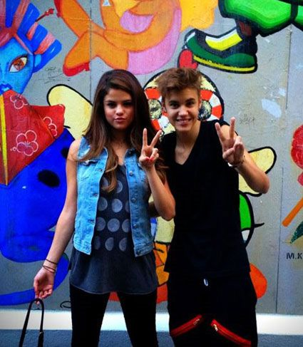 14 Photos of Justin Bieber and Selena Gomez You Didn't Know Existed