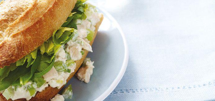 Sandwichs à la salade de poulet revisités