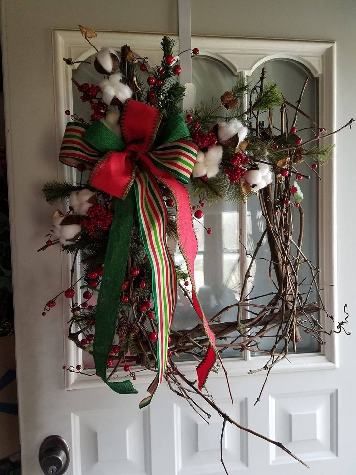 Christmas Grapevine Frame Wreath 9 best Wreath