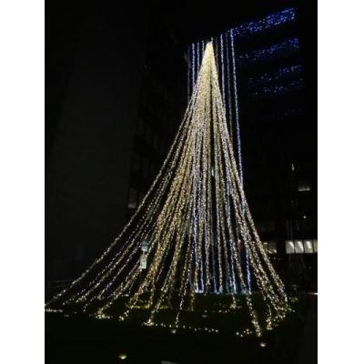 『黒川紀章さんのデザインによる建物です』by tyatyaさん - 福岡銀行本店のイルミネーションのクチコミ