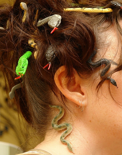 Medusa hair ~ just what I was looking for!