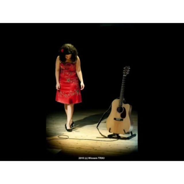Amel Mathlouthi-Naci en Palestina #palestina#müzik#amelmathlouthi#freedom #sanat#şiir#aşk#stran#helbest#life#jiyan#kadın#insan#resistance#idea#pop#jazzmusic#felsefe#guitar#musica#isyan#yaşam#love http://turkrazzi.com/ipost/1521792333304144262/?code=BUefhB4gaGG