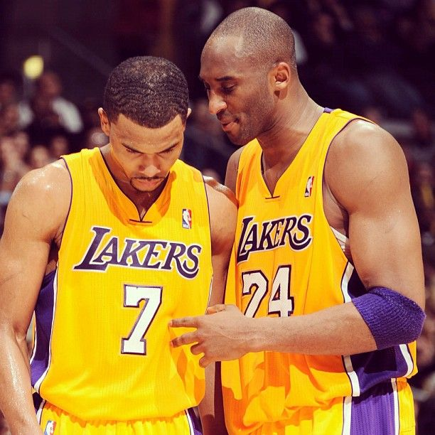 Sessions and Kobe talkin' about the game. What a great pick up for the Lakers!: The Lakers, Angels Lakers, Nba Memes, Funny Sports Memes Basketbal, Sports Memories, Knowledge Kobe, Favorite People, Favorite Team, Kobe Bryant Funny