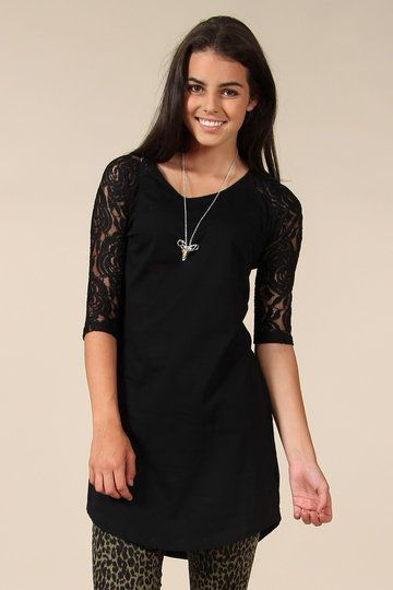 Federation+designs+are+always+lightyears+ahead.+This+lacey+black+Younder+dress+is+no+exception.+