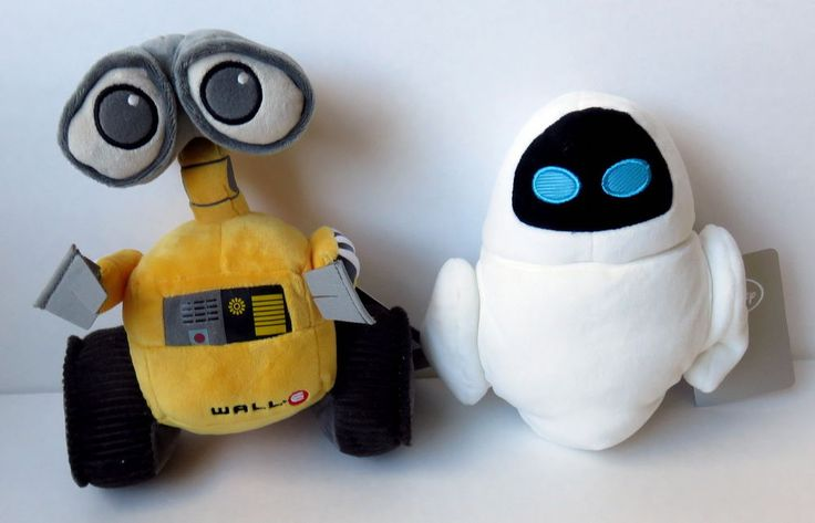 "Wall-E and Eve Beanies 7"" - Price on Ebay US $17.50 New in Collectibles, Disneyana, Contemporary (1968-Now)"