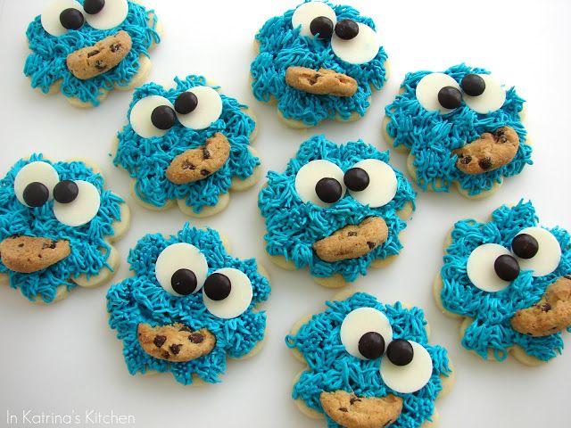 Cookie Monster Cookies from @KatrinasKitchen at www.inkatrinaskitchen.com