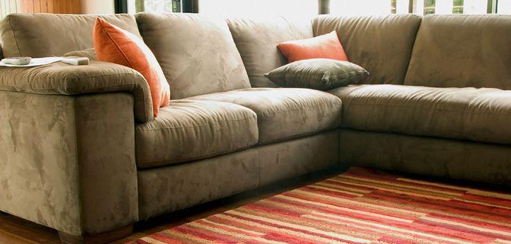 Canapeaua necesita cel putin o data pe an o curatare in profunzime.