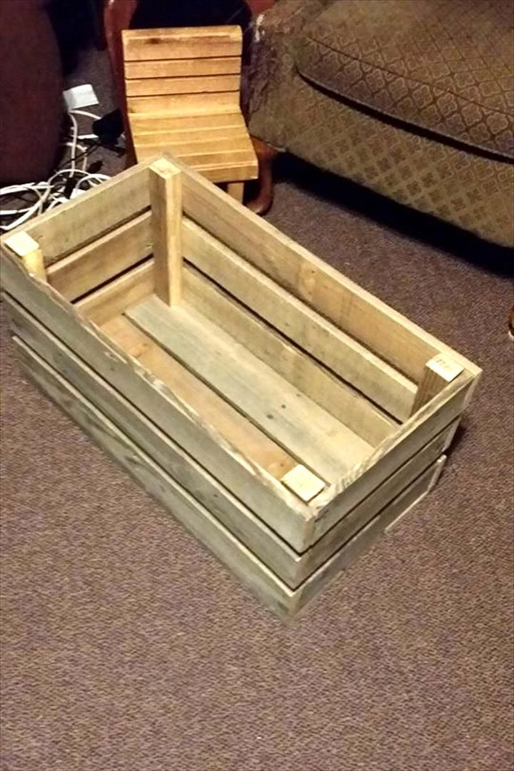 85 best i 39 m building this images on pinterest wood for Toy pallets