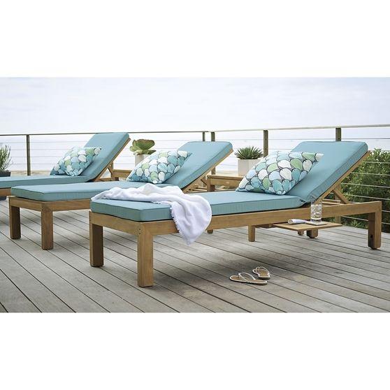 regatta chaise lounge with sunbrella cushion