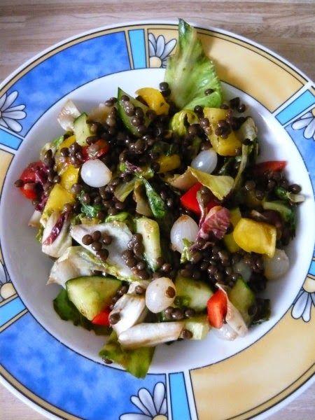Lecker Restesalat mit Belugalinsen und Silberzwiebeln gabs bei Jessi zu Mittag