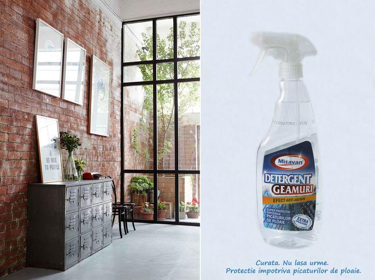Detergent lichid pentru curatarea geamurilor, protejeaza suprafata de picaturile de ploaie: http://www.produse-horeca.ro/tratamente-suprafete-servicii/misavan-geamuri-transparenta-750ml #detergent #curatenie #misavan