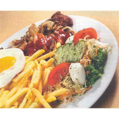 Bruukse schotel € 10,50 schnitzel met 'Bruukse' (gebakken ui, champignons, kruiden en een gebakken ei), friet, rauwkost of warme groente en saus naar keuze (specialiteit)