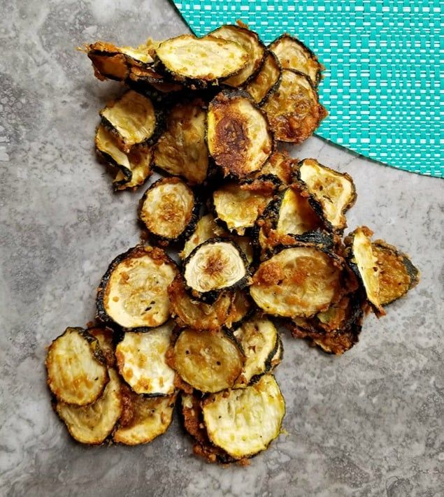 Air Fryer Eggplant Chips (Keto) in 2020 Eggplant chips