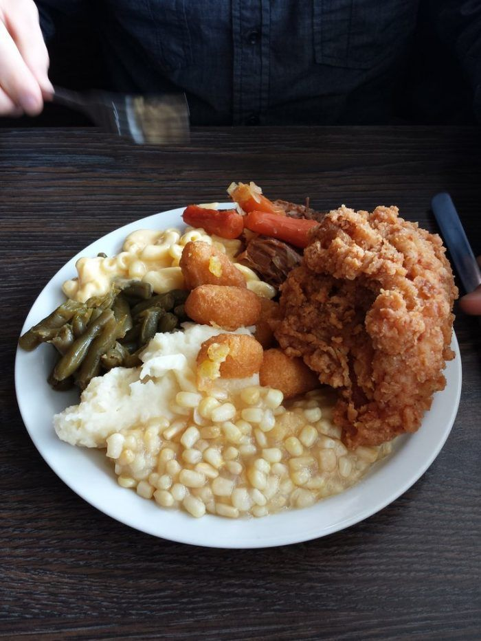 12 'Hole In The Wall' Restaurants In Kentucky That Will Blow Your Taste Buds Away