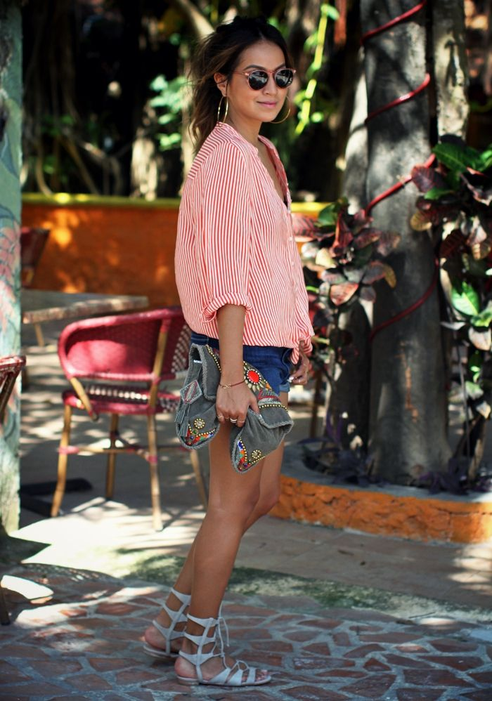 Tropical cool. Blouse, clutch, shorts & sandals. Homegirl can't do no wrong