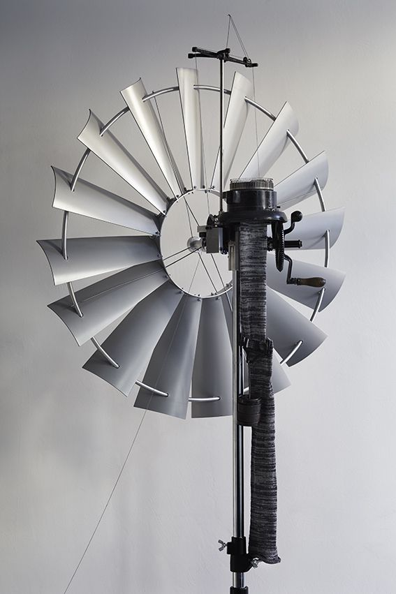 Windknitting factory. Merel Karhof. Fiberspace Collection.