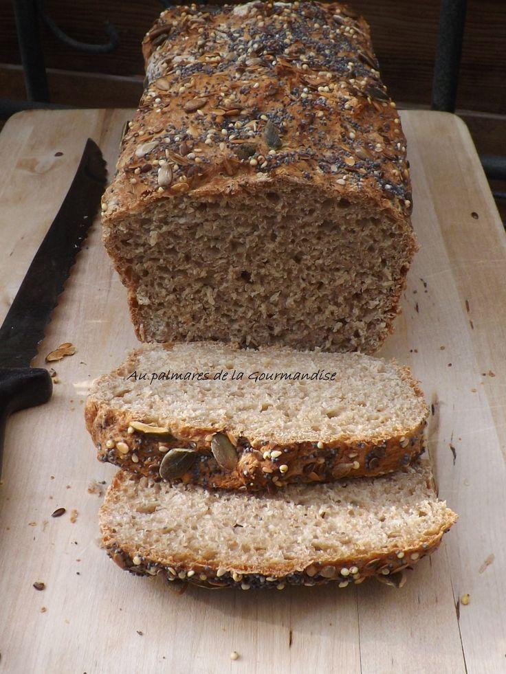 Avec sa mie moelleuse, ce pain à la farine complète de grand épeautre , sera parfait avec une bonne confiture maison, un bon fromage, de la pâte à tartiner maison. Il sera pétrit en map et cuit dans une cocotte. Je vous le conseille vivement..... à consommer...