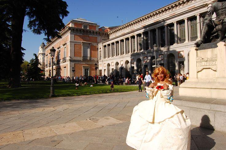 Performance Lenina Menina Fotografía: Transeúnte voluntario Año 2011